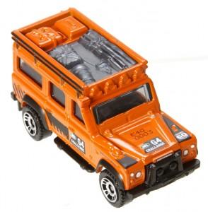 Land Rover DefendeMB697_Y5338_2